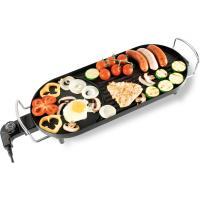 A   Home  HG GR 01  Asztali grill   ideális akár a konyhában akár a kertben vagy teraszon. A rácsos felületen süthet zsírosabb húsokat, a sima felületen zöldséget, sajtot, halat, tengergyümölcseit.   A zsiradék a gyűjtőtálba folyik.  2000 W-os  teljesítménye garantálja a hatékonyságot. Az  asztali grill  két oldalán  masszív fém fogantyúk  vannak, így könnyedén mozgatható. Könnyen tisztítható tapadásmentes bevonattal rendelkezik.