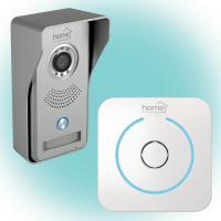 Home  Smart  videó kaputelefon  (DPV WIFI) . 4in1 szett, melybe beletartozik videó kaputelefon, vezeték nélküli csengő, riasztó, kapunyitó. Interneten keresztül a  világ bármely pontjáról  elérhető. Egy mozgásérzékelős riasztó jelez, ha látogató áll a kapu, ajtó előtt.    A kaputelefont távoli kapu vagy zárnyitási lehetőség, vezetékes vagy vezeték nélküli internet csatlakozás, manuális fénykép vagy videofelvétel készítés a látogatóról, infravörös éjszakai  LED világítás  jellemzi. A telefonon az időrendi naplózás segítségével minden tevékenység visszakereshető.    Sötétben automatikusan átvált az érzékenyebb fekete-fehér módra. A tartozék vezeték nélküli csengő 8 dallammal,  fényjelzéssel (kb.30m hatótávolság nyílt terepen) rendelkezik. A kültéri egység 8,3 x 16,5 x 6,2 cm méretű,  a csengő 8,6 x 8,6 x 2,8 cm.    A  kapucsengő  Android (4.1+) és iOS (7.1+)  mobiltelefonokkal, táblagépekkel (8 db) bővíthető. Tartozékként jár esővédő keret a kültéri egységhez, zárnyitó csatlakozókábel (15cm), szerelvények, hálózati adapter (12V=!/1,1A). A csengő tápellátását 3 x Aa (1,5 V) elem biztosítja (nem tartozék).