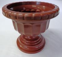 Barna  színű, műanyag   görög váza   . Az átmérője 300 mm.