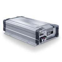 A  Dometic   SinePowerMSI3512T szinusz inverter hálózati pioritás áramkörrel 12  V egyenfeszültségből képez 230 V váltófeszültséget, így autóba, lakókocsiba, lakóautóba, kamionokba célszerű eszköz. Használható telefonok, kamera töltők, notebook, kisebb tévé, DVD lejátszó, Playstation és akár nyomtatóhoz is. A hálózati pioritás kapcsoló, ha külső hálózati feszültséget érzékel, akkor lekapcsolja az akkumulátoros táplálást.     A Dometic szinusz   inverter 3500 W tartós és 6000 W  csúcsteljesítmény produkálására képes. Bemeneti csatlakozása színjelölt kábelszorító segítségével történik. A kimeneti jelalak szinusz (harmonikus torzítás < 3%), valamint kimeneti frekvencia 50/60 Hz, amely kapcsolható.    Az  akkuőr funkció  10,5  V tápfeszültség alatt figyelmeztető jelzést ad, majd 10 V tápfeszültség alatt kikapcsol, 12 V tápfeszültség felett újra üzembe lép. Túlfeszültség esetén 15,5 V felett figyelmeztető jelzést ad, 16 V tápfeszültség felett kikapcsol, azután 15 V tápfeszültség alatt visszakapcsol, így a készülék hosszú élettartama biztosítva van.   A hűtésért hűtőbordás ház és ventilátor felel.