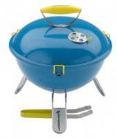Landmann  Piccolino  asztali grill  37 cm, kék (31381) . Ideális kisebb családi, baráti társaságoknak. Fedele zománcozott, főzőlapja és a melegítő állvány krómozott. A grillfogó rozsdamentes acélból készült.    A  faszenes grill  főzési felülete 34 cm átmérőjű. 41 cm magas, szélessége és hossza 37 cm. A biztonságos szállítást gumírozott fedélkapcsok segítik elő. Fedelén szellőzőelem található.
