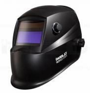 Íme az Iweld  Nored Eye II  Blackbase új tervezésű automata hegesztő fejpajzsa . Nagy látómezővel rendelkezik: 96 x 39 mm, mely nagyban megkönnyíti az Ön munkavégzését. A köszörülési mód és az elsötétedés kívülről állítható. Kettős áramforrással rendelkezik, napelem és Li gombelem szükséges működéséhez, melyek cserélhetők. A hegesztő fejpajzs  infravörös és UV védelemmel van felszerelve az Ön biztonsága érdekében.   Anyaga, könnyű, tartós, égést késleltető, időtálló. A fejpajzs további előnyös tulajdonsága, hogy Ön belülről meghatározhatja érzékenységét, továbbá kivilágosodási késleltetési idővel van ellátva. Fejkosár szerkezete különleges kialakítású , ideális súlypontja az Ön kényelmét biztosítja munka közben.  Ez az Iweld hegesztő fejpajzs igencsak szemrevaló külsővel lett megtervezve, kiválóan mutat a műhelyében, egyedi darab, melyet mindenki csodálni fog!