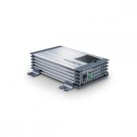 A  DometicSinePower   MSI424     szinusz    inverter   24 V egyenfeszültségből 230 V váltófeszültséget képez, ez által autóba, lakókocsiba, lakóautóba kifejezetten praktikus eszköz a 230 V- os készülékek számára. Telefonok, kamera töltők, notebook, kisebb tévé, DVD lejátszó és akár nyomtató is csatlakoztatható rá.   A Dometic szinusz   inverter   350 W tartós és 700 W csúcsteljesítmény produkálására képes. Üzemeltetése,  bemeneti csatlakozás színjelölt vezetékpár  segítségével történik.  A kimeneti jelalak szinusz, valamint a kimeneti frekvencia 50 Hz. Az akkuőr funkció 22 V tápfeszültség alatt kikapcsol, továbbá 30 V fölött is így reagál a túlfeszültség védelem által.   A Dometic szinusz   inverter   túlterhelés-, rövidzár- és polaritás védelemmel ellátott, ezzel is a készülék hosszú élettartamát növeli.   A hűtésért hűtőbordás ház és ventilátor felel.