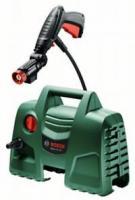 A  Bosch  EasyAquatak 100  magasnyomású mosó   kiválóan alkalmas különféle kerti gépek, járművek mosására és a ház körüli tisztítási feladatok megoldására (06008A7E00).   A   Bosch   magasnyomású mosó     erős 1200 wattos motorjának és 100 baros nyomásának köszönhetően a szennyeződést pillanatok alatt eltünteti. A magasnyomású tisztítószer-fúvóka csökkenti a tisztításhoz szükséges időt a tisztítószer gyors alkalmazásával.       A csomag további tartalma:    - 3 m magasnyomású tömlő   -  Bosch  360°-os magasnyomású pisztoly   - Magasnyomású tisztítószer  -fúvóka,  450 ml   - Vízszűrő