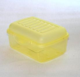 Csatos műanyagdoboz 0,3 l