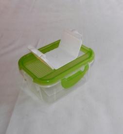 Fűszertartó szóró tetővel, zöld műanyag 0,5 kg