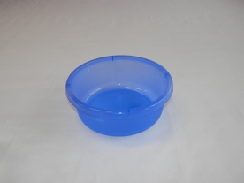 Mércés kék műanyagtál 1,8 l