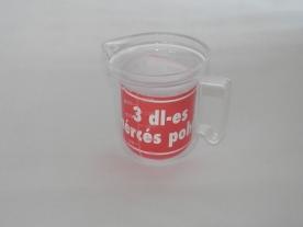 Mércés műanyag kiöntő pohár 3 dl