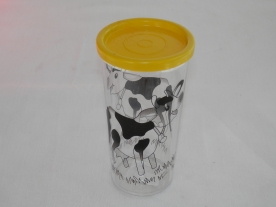 Bambi műanyag pohár, légmentesen záródó sárga