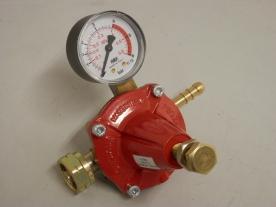 PB nyomásszabályozó manométerrel 0-6 bar 12 kg/h