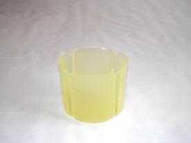 Virágtartó kaspó, szirom formájú, 11 cm, sárga műanyag