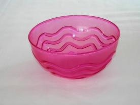Műanyagtál hullám díszítéssel 1,25 l pink