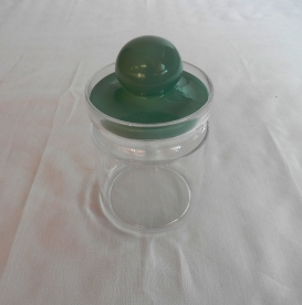 Gombos tetejű műanyag fűszertartó 8,5 dl