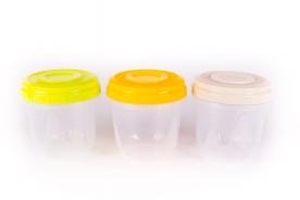 Hengeres, műanyag tárolódoboz 750 ml vegyes színben 3 db-os