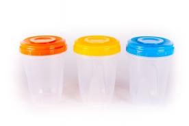 Hengeres, műanyag tárolódoboz 950 ml vegyes színben 3 db-os
