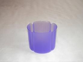 Virágtartó kaspó, szirom formájú, 11 cm, lila műanyag